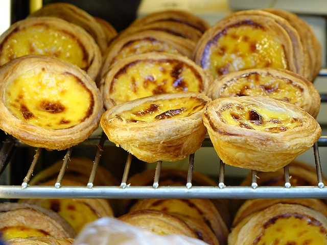 egg-tarts-among-asian-favourites